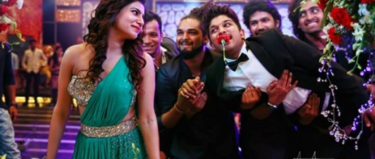 Son-of-Satyamurthy-Stills-41-620x264